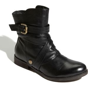 Miz Mooz Bailey Leather Buckle Ankle Boots 9